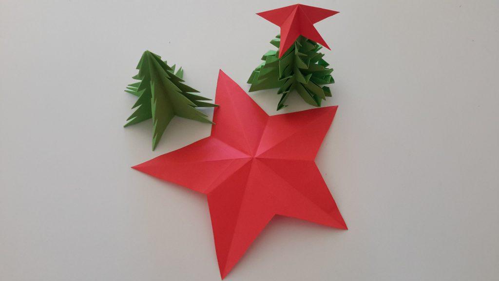Enfeites de Natal em papel