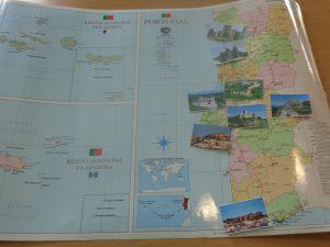 Mapa de Portugal com imagens dos castelos