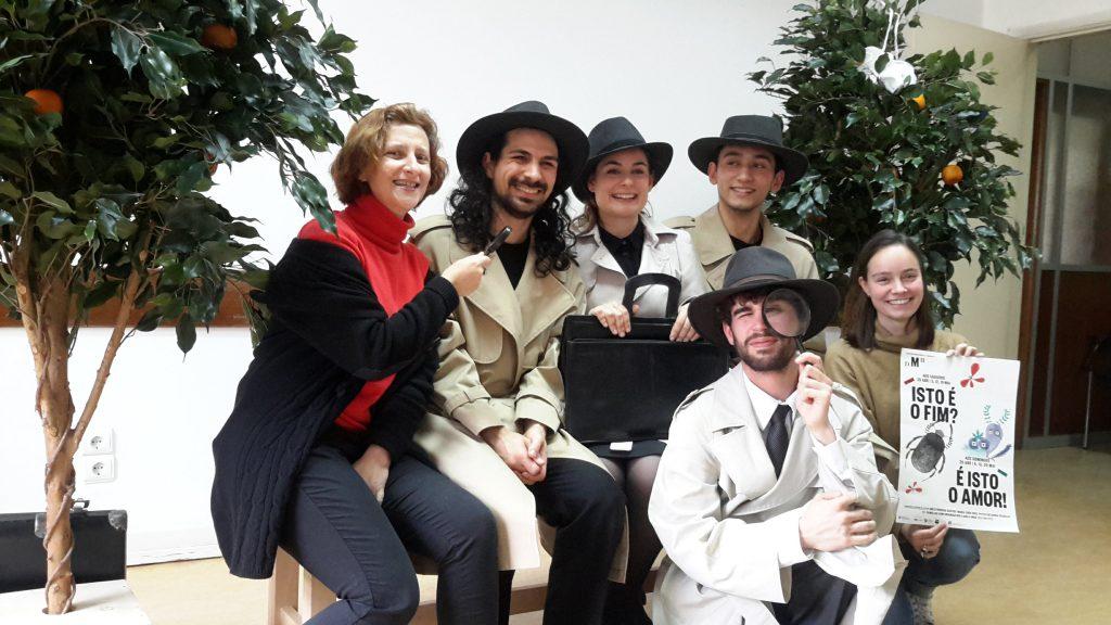 Fotografia dos atores e outros membros do grupo Boca Aberta e do Teatro Nacional D. Maria II