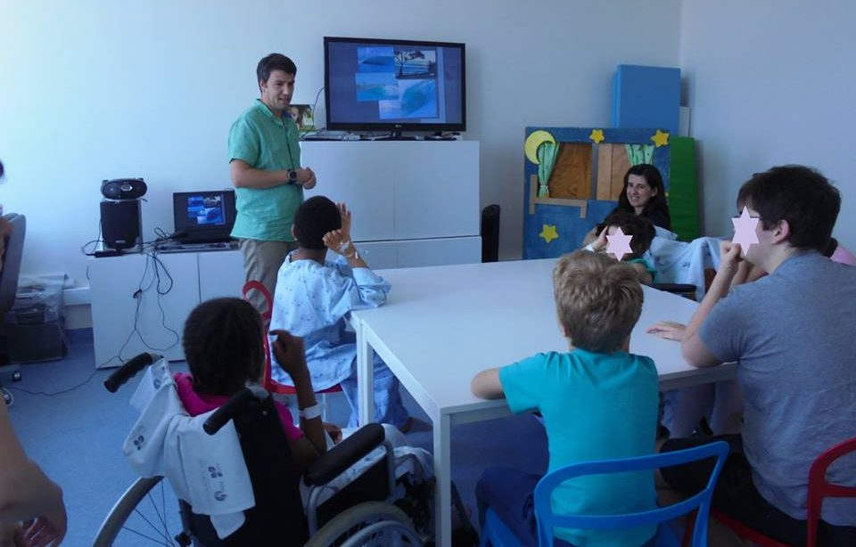 Oceanógrafo Francisco Silva fala aos alunos