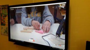 Construção de instrumento musical pelos alunos da Bobadela