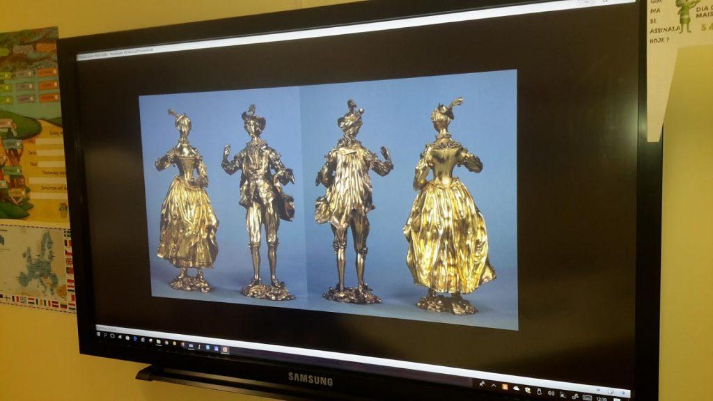 Quatro figurinhas de ouro