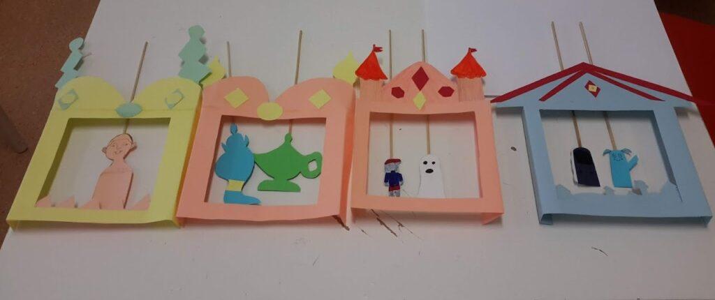 Teatrinhos em papel e marionetas construídos pelos alunos
